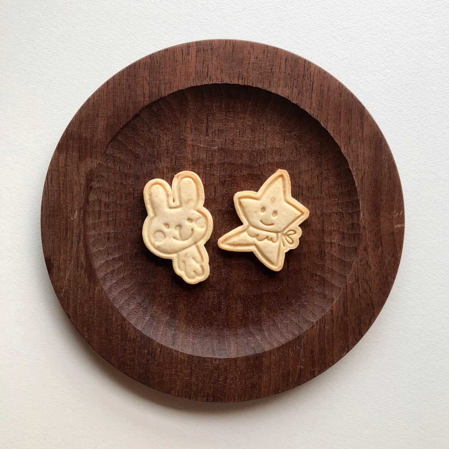 admi's rabbit and star cookie cutter